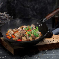 Letschef Hammered Carbon Steel Wok With Wooden Handle With Lid, Spatula, Pre-seasoning Wok Instruction Included (12.5 Inch, Flat Bottom Wok): Kitchen & Dining