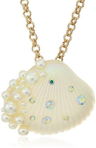 Betsey Johnson (GBG) Betsey Johnson Sea Shell Pendant Necklace, Pearl: Jewelry