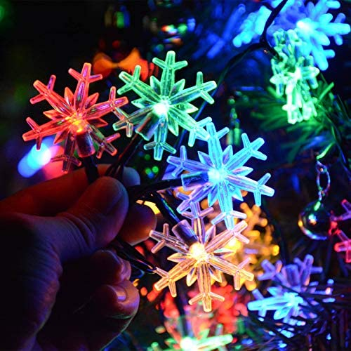 30 Ft 50 LED Solar Christmas Snowflake String Lights Hanging Decor, 8 Modes Waterproof Snowflake Christmas Lights for Outdoor/Indoor Xmas Holiday Winter Wonderland Party Decorations (Multicolored) : Garden & Outdoor