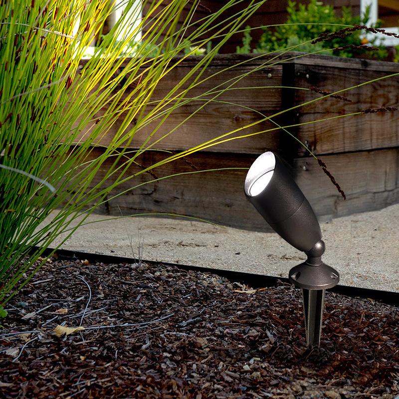 Modern Plug-in Lamp Led Flood Light Outdoor Landscape Waterproof Villa Projection Plug-in Lamp Aluminum