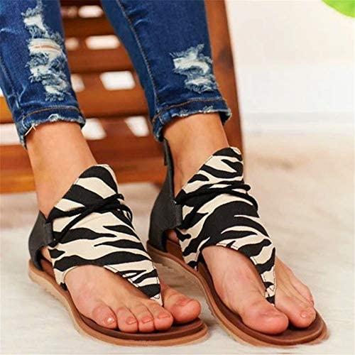 DINGANG Women Flip-Flops Sandals Fashion Leopard/Zebra Pattern Flat Heel Slip On Sandals with Zipper: Clothing