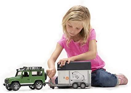 Bruder Toys Land Rover Defender Station Wagon: Toys & Games