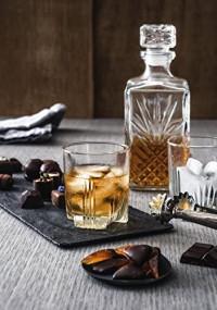 Bormioli Rocco Selecta Whiskey Set of 6 Glasses and Italy Gift Claret jug: Liquor Decanters