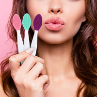 12 Pieces Silicone Exfoliating Lip Brush Double-Sided Silicone Tool for Smoother and Fuller Lip Appearance: Beauty