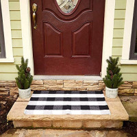 "Buffalo Plaid Rug - Black and White Check Door Mat Outdoor - Farmhouse Rugs for Kitchen/Bathroom/Front Porch/Decor - Layered Welcome Doormats - Checkered Flannel Cotton Entry Way Layering Mats 24""x36"": Kitchen & Dining"