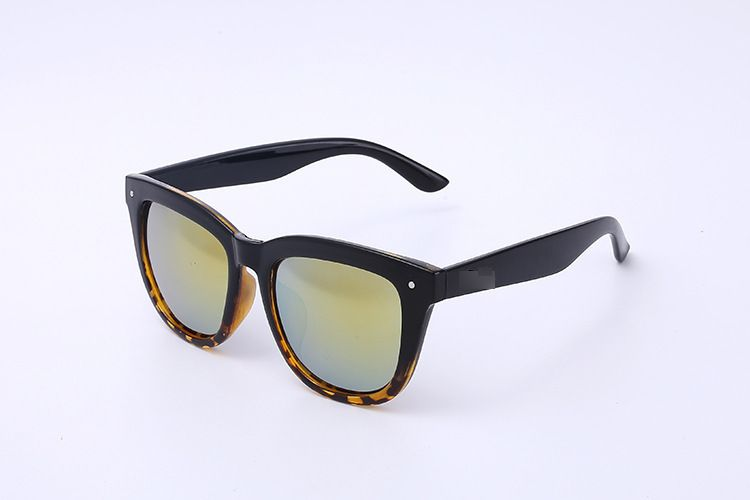 Men And Women Retro Simple Sunglasses Driving Mirror HD Polarized  8437