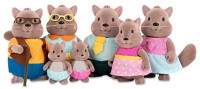 Li'l Woodzeez Squirrel Family with Grandparents: Toys & Games