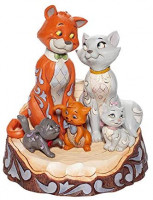 Enesco Disney Traditions Aristocats Carved by Heart Figurine: Home & Kitchen